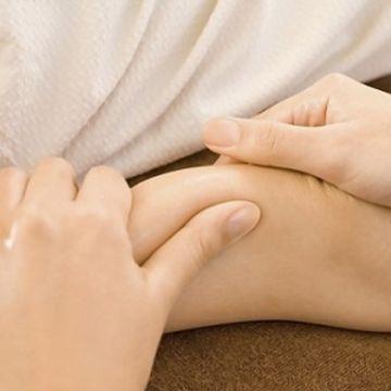 Dạy Massage Thụy Điển: Kỹ Thuật Xoa Bóp Cánh Tay