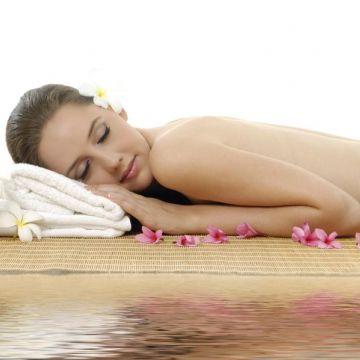 Dạy Massage Thụy Điển: Kỹ Thuật Xoa Bóp Cơ Ở Vùng Mông