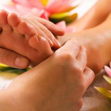 Hướng dẫn massage chân cơ bản