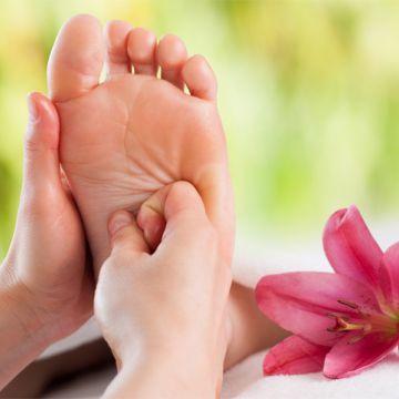Hướng dẫn kỹ thuật Massage chân bài bản dành cho Spa